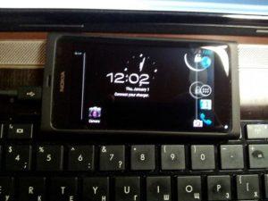 ¡Aquí tienes un Nokia N9 con Ice Cream Sandwich!