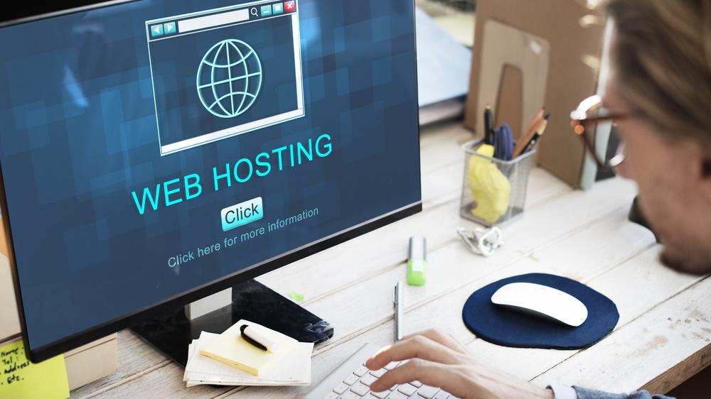que es alojamiento web