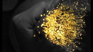 ¿Qué tal una red de fibra óptica que da… .512GBPS?
