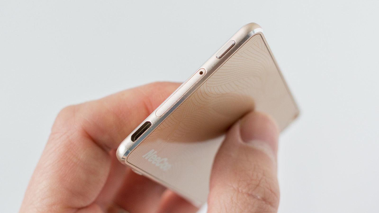 Cómo usar dos SIM con cualquier iPhone: ranura para tarjetas NeeCoo