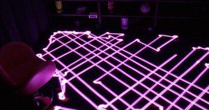 Pintura de luz con aspiradoras robotizadas
