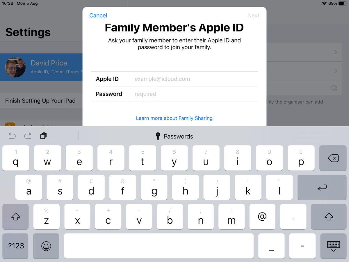 Cómo configurar Compartir en familia: Invitar en persona