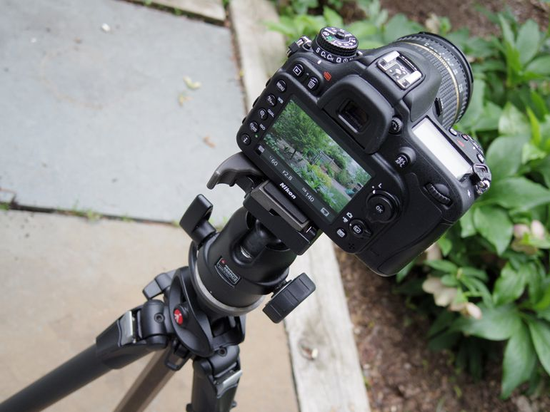 how-to-dslr-video-tripod.jpg