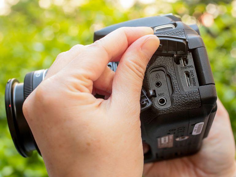 Canon EOS Rebel T5i (con lente STM de 18-55 mm)
