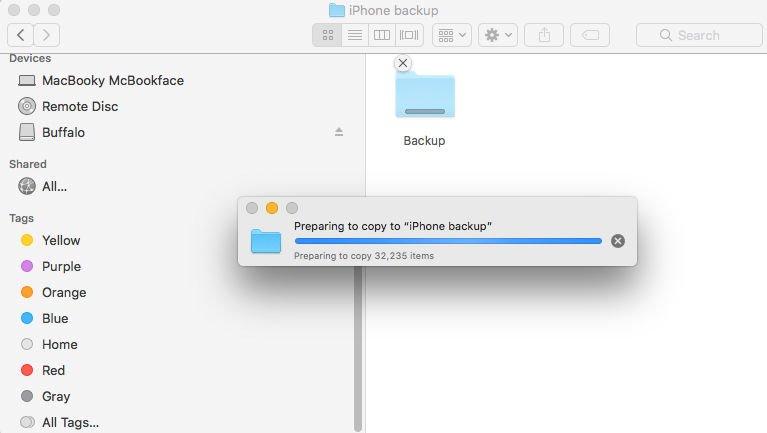 Cómo hacer una copia de seguridad del iPhone o iPad en un disco duro externo: Copiar