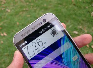HTC finalmente vuelve a obtener ganancias en el segundo trimestre, gracias al One M8 y algunos recortes de costos