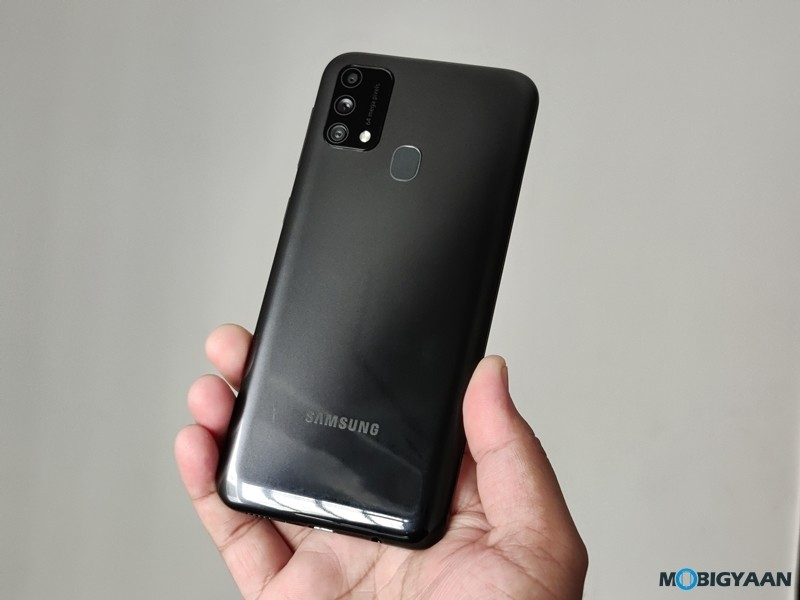 Samsung-Galaxy-F41-Design-Images-11