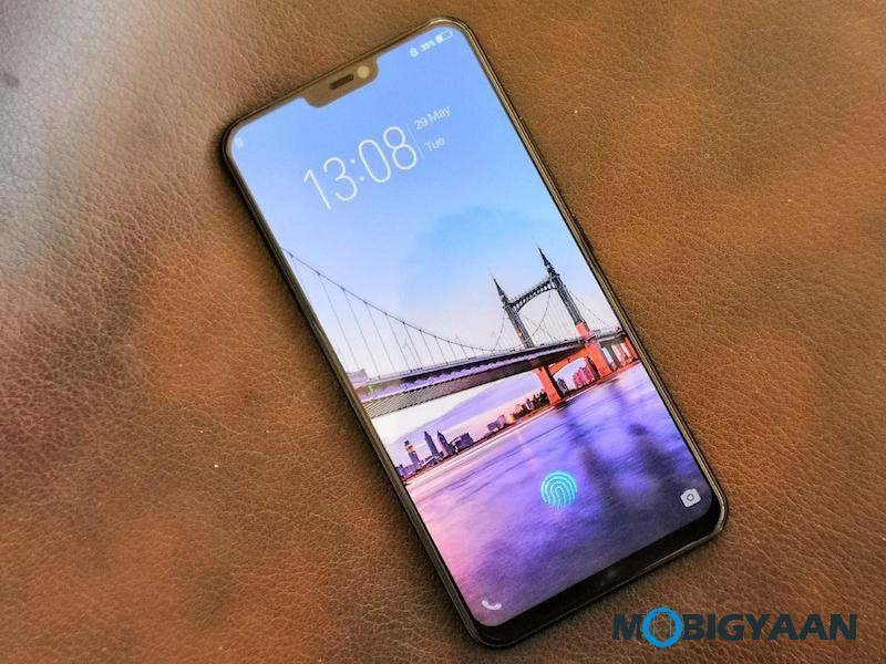 Vivo-X21-Hands-on-World-First-Smartphone-with-In-Display-Fingerprint-Scanner-Images-3