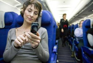 Ahora puede usar su teléfono móvil en el vuelo, pero en el modo de vuelo
