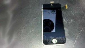 Aparecen supuestas imágenes del iPhone 5S en China