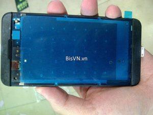 BlackBerry 10 L-Series obtiene un desmontaje temprano, los componentes internos expuestos
