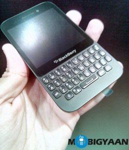 BlackBerry Q5 obtiene un recorte de precio como oferta de bonanza de año nuevo