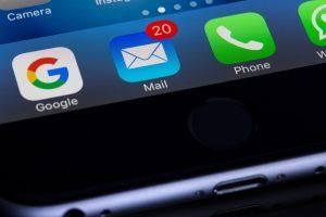 Cómo bloquear correos electrónicos no deseados en iCloud y eliminarlos automáticamente