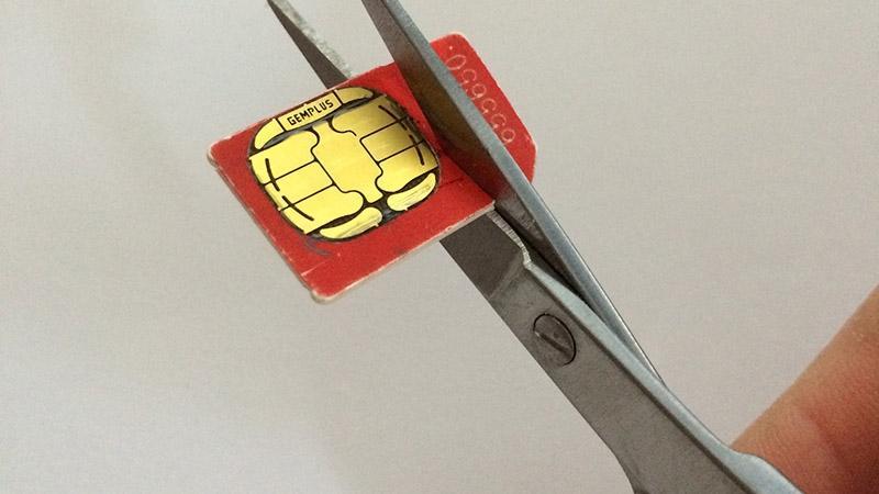 Cómo cortar la tarjeta SIM 800