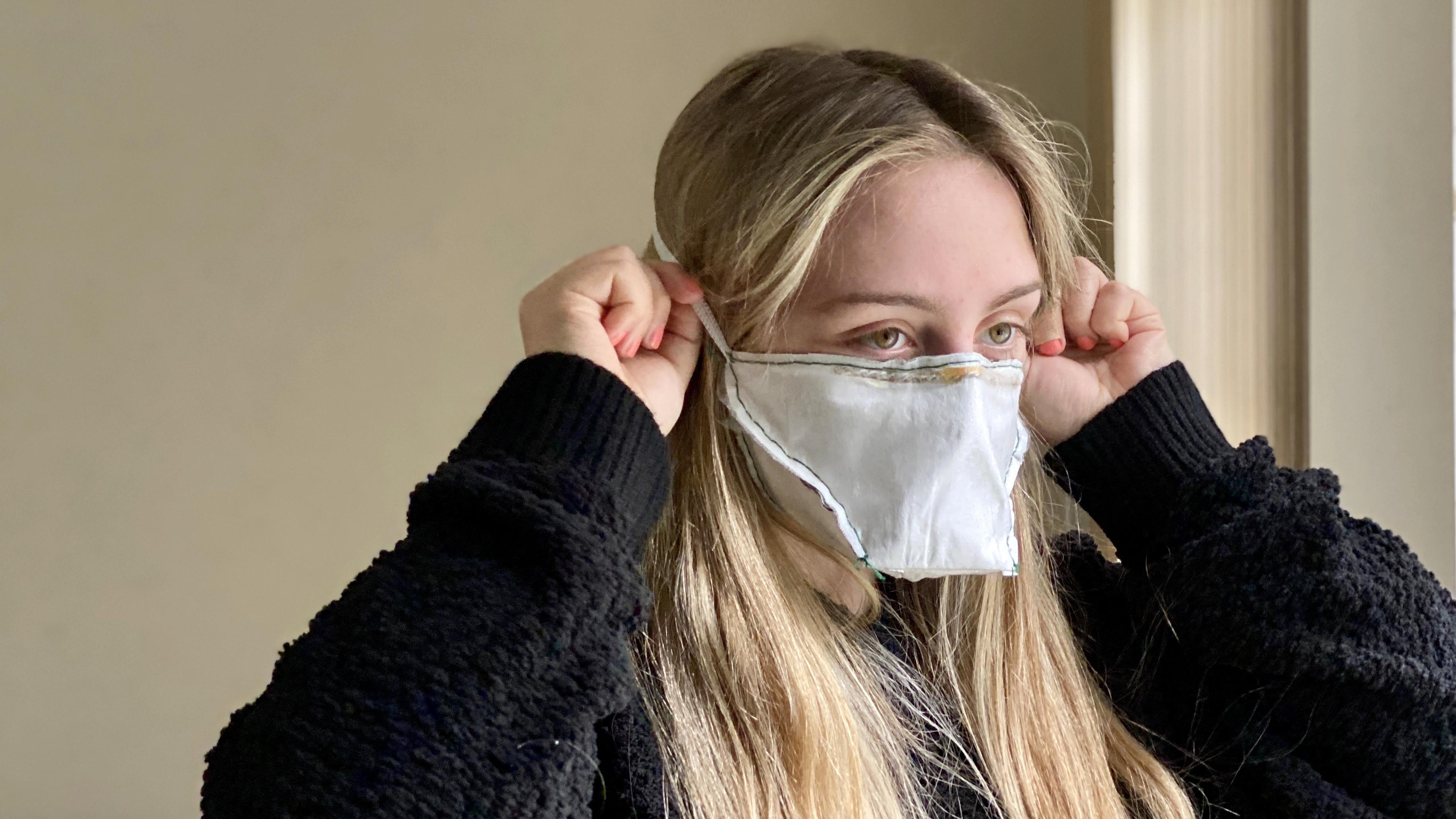 Cómo hacer una mascarilla facial sin costuras en casa
