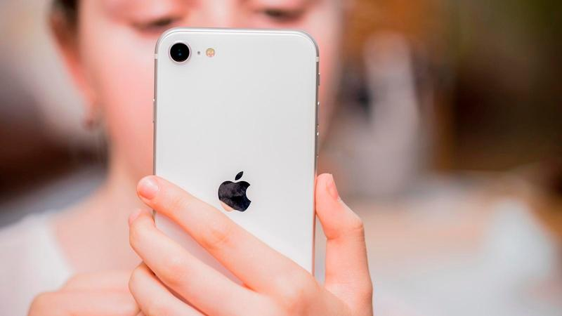 iphone se 2020 revisión 13