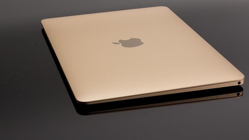 MacBook 2015 Gold 1
