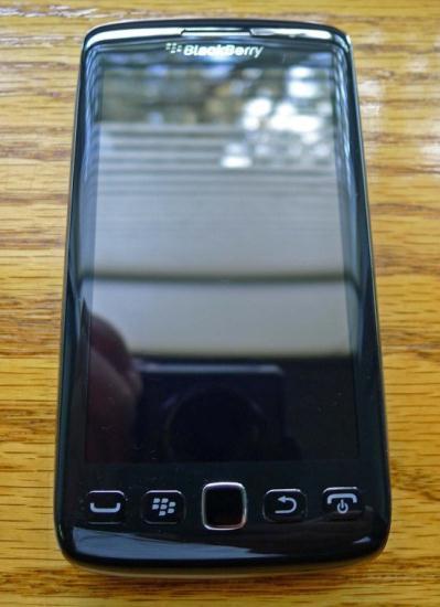 El BlackBerry Monza 9860 revelado en algunas imágenes