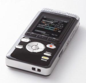 El WiFi DM-901 de Olympus con grabadora de voz es bastante inteligente
