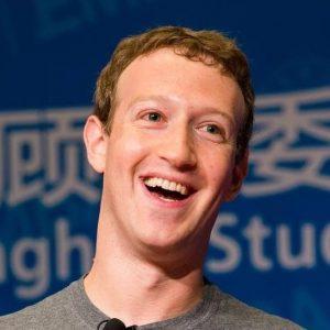 El fundador de Facebook, Mark Zuckerberg, ordenó a los ejecutivos que usaran Android en lugar de iPhones