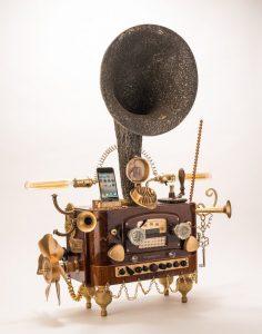Esta base para teléfono inteligente Steampunk Gramophone lo llevará atrás en el tiempo