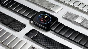 El reloj inteligente Fitbit Versa con entrenamientos personales en pantalla, seguimiento de la salud femenina y duración de la batería de 4 días se lanzó en India