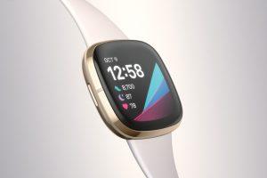 Fitbit lanza los relojes inteligentes premium Sense y Versa 3
