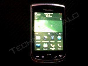 Imágenes y especificaciones filtradas de BlackBerry Torch 2