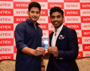 Intex Aqua Trend con 4G LTE lanzado en India por Rs.  9444