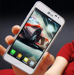 LG Optimus F5 debuta en Francia y pronto se lanzará en otros países