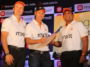 Lanzamiento de la aplicación de mensajería móvil multiplataforma Mxit en India