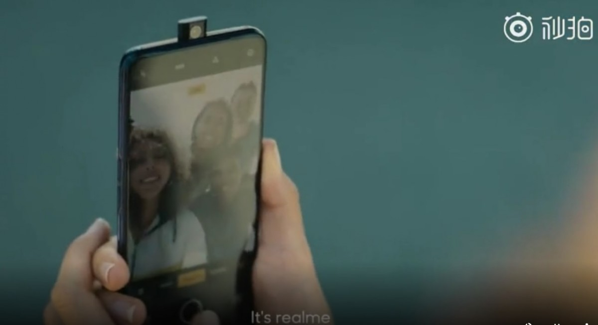 Realme-pop-up-selfie-phone
