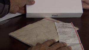 Los canadienses son estafados;  vendió arcilla en lugar de iPad 2