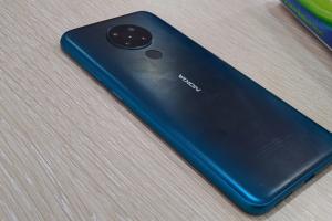 Más información sobre Nokia 5.3 con superficie de configuración de cuatro cámaras en línea