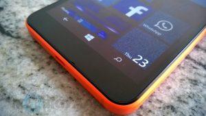 Microsoft vacila en la promesa de actualización de Windows 10 Mobile;  Omite casi el 50 por ciento de los teléfonos activos