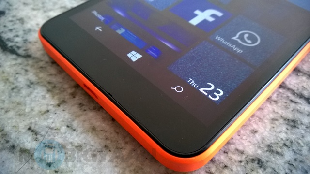 Microsoft-Lumia-640-XL-Dual-SIM-Review-14