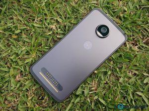 Motorola Moto Z2 Play Hands-on [Images]