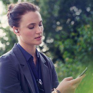 Motorola presenta los accesorios Moto Hint y Power Pack Micro