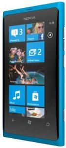 Los usuarios informan sobre la poca duración de la batería del Nokia Lumia 800
