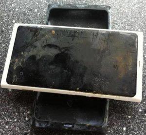Nokia Lumia 800 pasa 3 meses en el lago;  ¡todavía funciona!