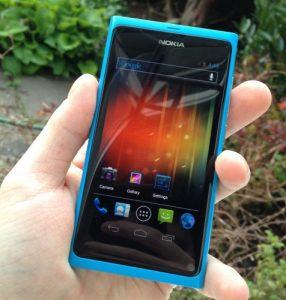 Nokia N9 finalmente ejecuta Android ICS lado cargado con MeeGo