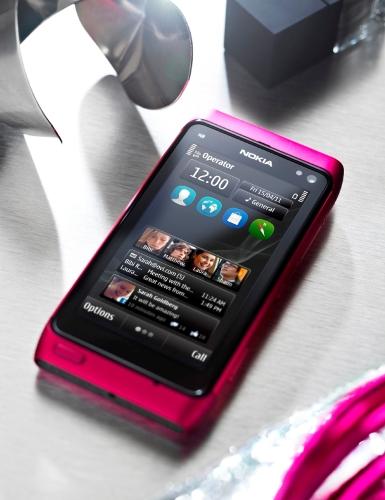 Nokia lanza la edición limitada N8 en rosa, en India