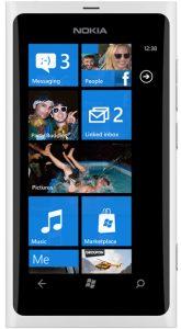 Nokia ofrecerá arreglos de cámara / audio en el Lumia 800 pronto