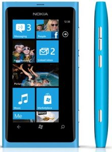 Nokia responde a los problemas de la batería del Lumia 800