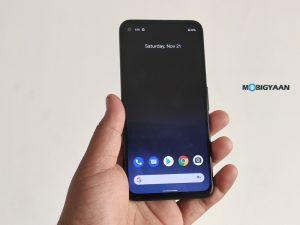 Cómo ocultar el agujero perforado en un teléfono inteligente Pixel con Android 12