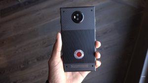 Prototipo de teléfono modular RED HYDROGEN ONE mostrado en un video