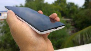 Revisión de Redmi Note 3G: la relación calidad-precio del phablet