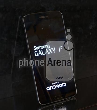 Galaxy-F-S5-Prime-fugas-1