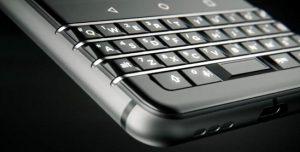 El smartphone Android BlackBerry Mercury con teclado QWERTY se dará a conocer el 25 de febrero