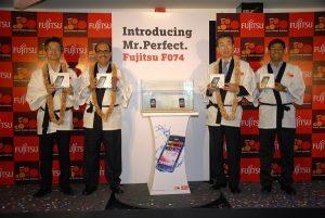 Tata Docomo lanza el teléfono inteligente Fujitsu F-074 3G por 21.900 rupias